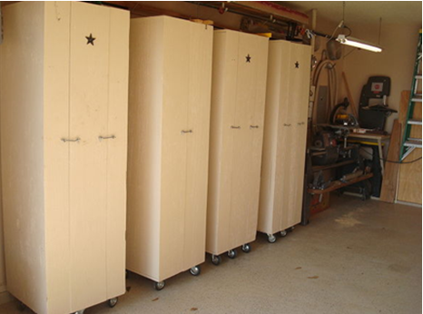 Cabinets_On_Wheels1 - If Your Garage Is Looking Shabby Due To Improperly Stored Tools