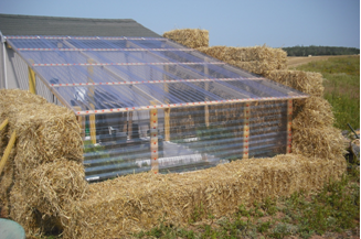 Making A Very Low Cost Greenhouse Out Of Straw