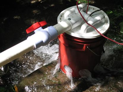 5_Gallon_Bucket_Hydroelectric_Generator1