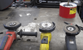 how_to_use_an_angle_grinder-1