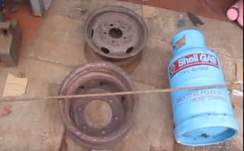 DIY_Wood_Stove_made_from_Car_Wheels1